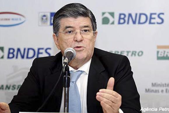 Un alto cargo de Petrobras admite que envió sobornos a más de 20 políticos de Brasil