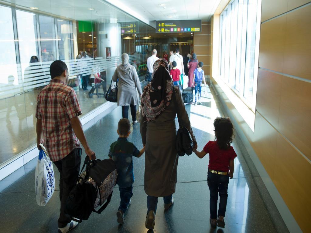 España recibe al primer grupo de 33 refugiados sirios desde el Líbano