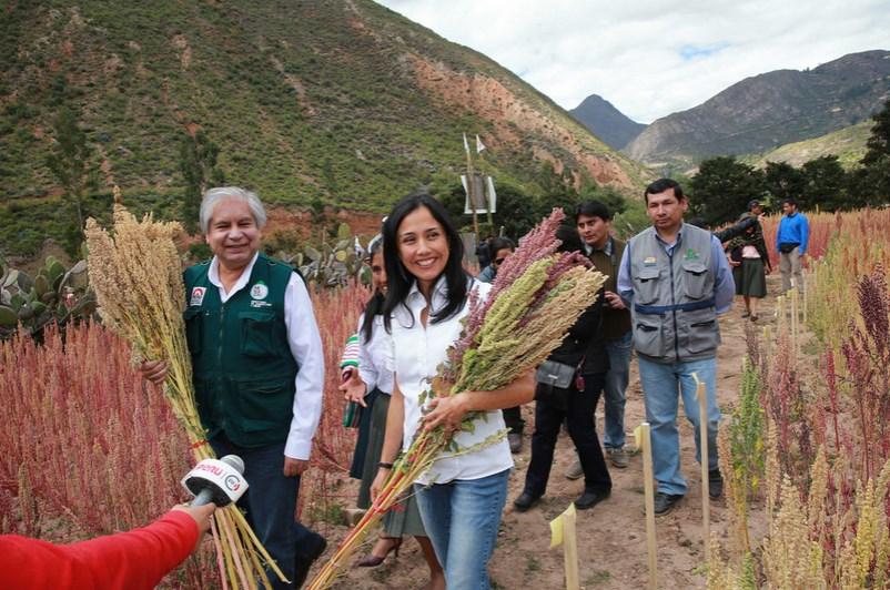 Investigada: Primera dama de Perú no impugna la medida que le prohíbe salir del país