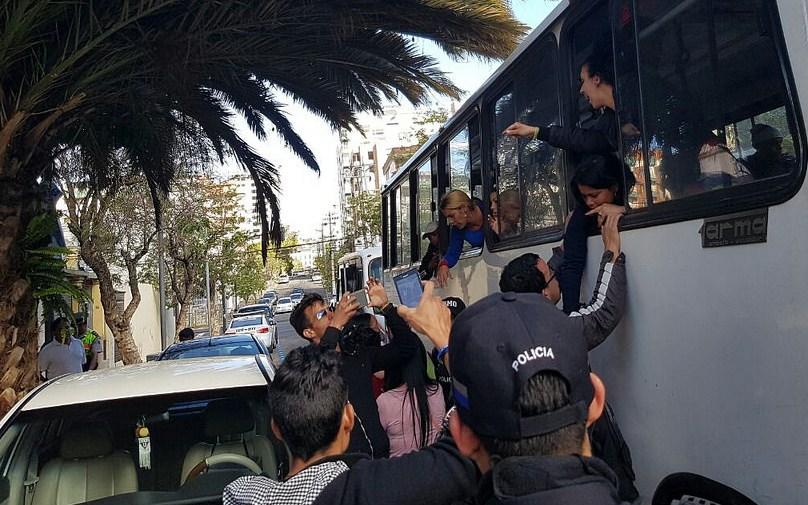 Gobierno de Ecuador estudia deportar a Cuba a otros 69 cubanos que pretendían viajar a EEUU