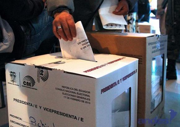 Ecuador: Fiscalía investigará las denuncias de fraude electoral que presentó la oposición