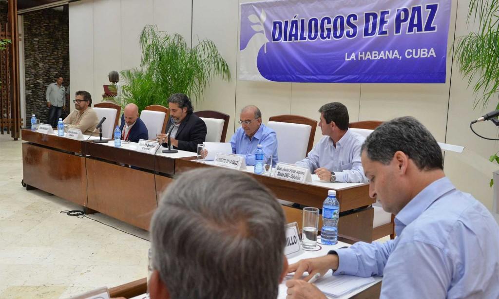 Colombia: Gobierno y las FARC dan a conocer acuerdo del 'cese del fuego'