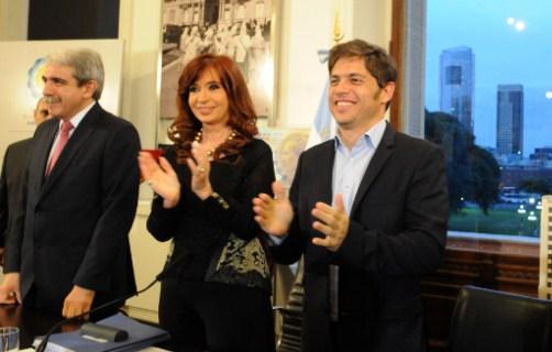 Corrupción: Fiscal pide indagar a Cristina Kirchner y no permitir su salida del país