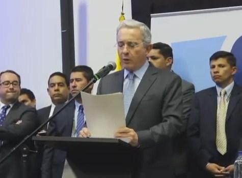 En duro alegato Uribe dice que votará en contra del acuerdo de paz con las FARC
