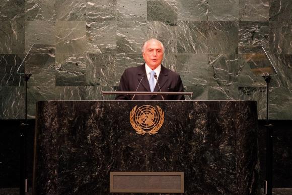 Mayoría de los brasileños valora negativamente el gobierno de Temer