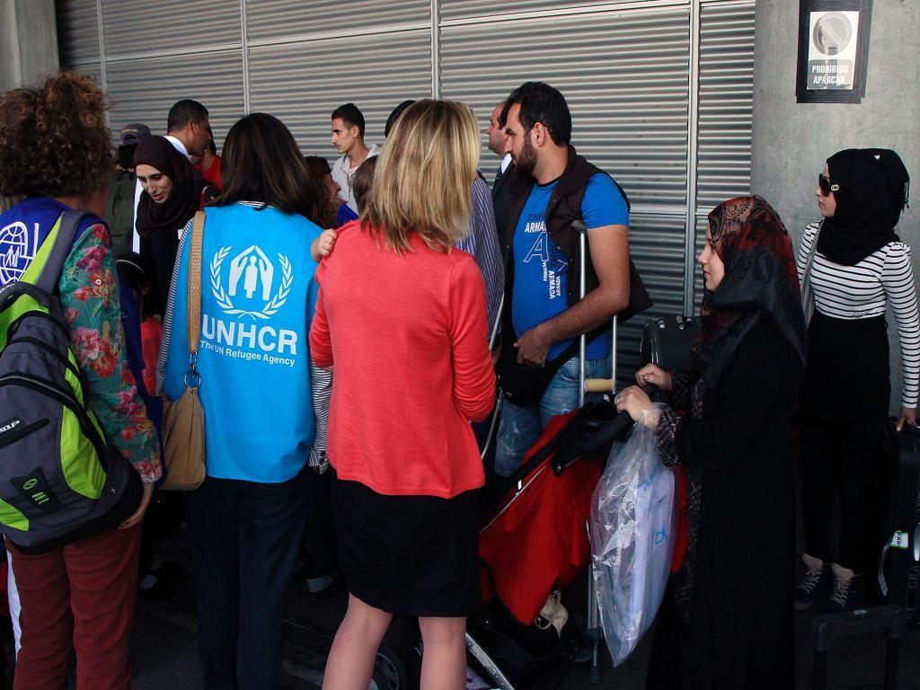 Llegan a España 21 refugiados sirios procedentes de Grecia
