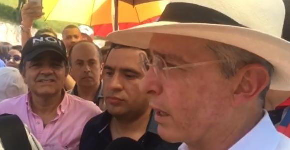 Uribe: 'Colombia no debe dar impunidad a las Farc, el mayor cártel de la droga'