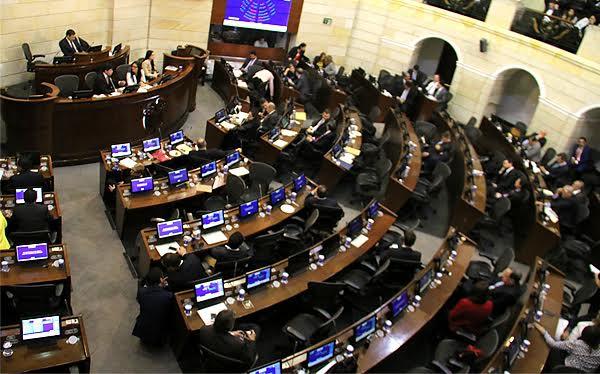 Colombia: Congreso y Senado aprueban ley de Amnistía e Indulto a las Farc