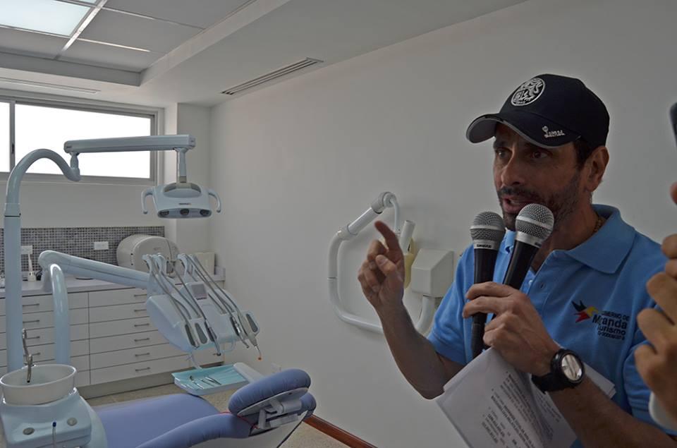 Capriles denuncia que el 'carnet de la patria' es un instrumento de chantaje político