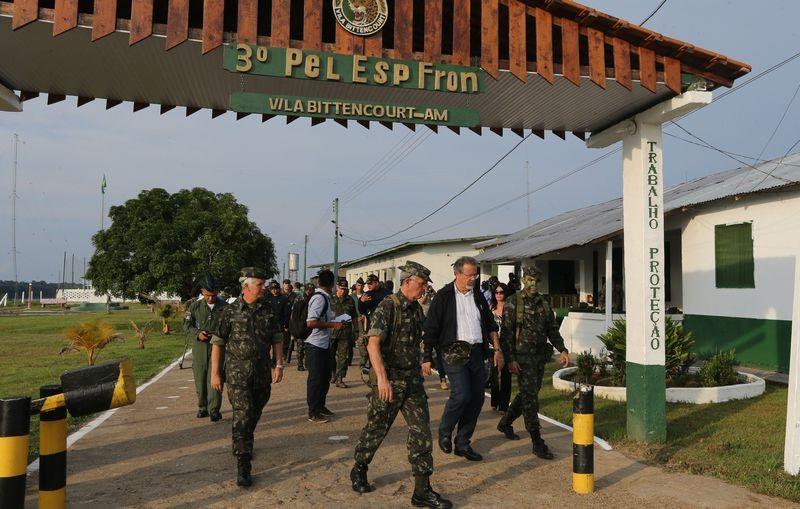 Temen que miembros de las Farc que no aceptan acuerdo de paz pasen a trabajar con narcos de Brasil