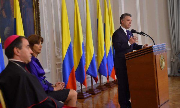 Santos asegura que el 1º de junio las armas de las FARC estarán en la ONU