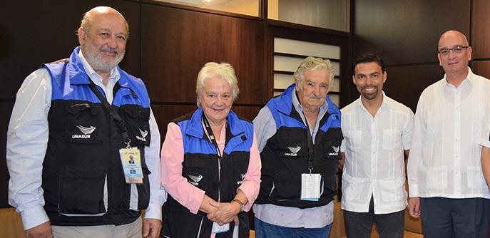Mujica verificador de elecciones en Ecuador: 'Soy especialista en juntar votos, no en el proceso electoral'