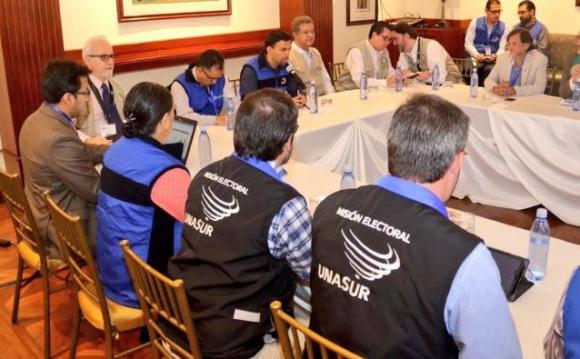 Unasur reitera llamado en Ecuador a respetar la institucionalidad electoral