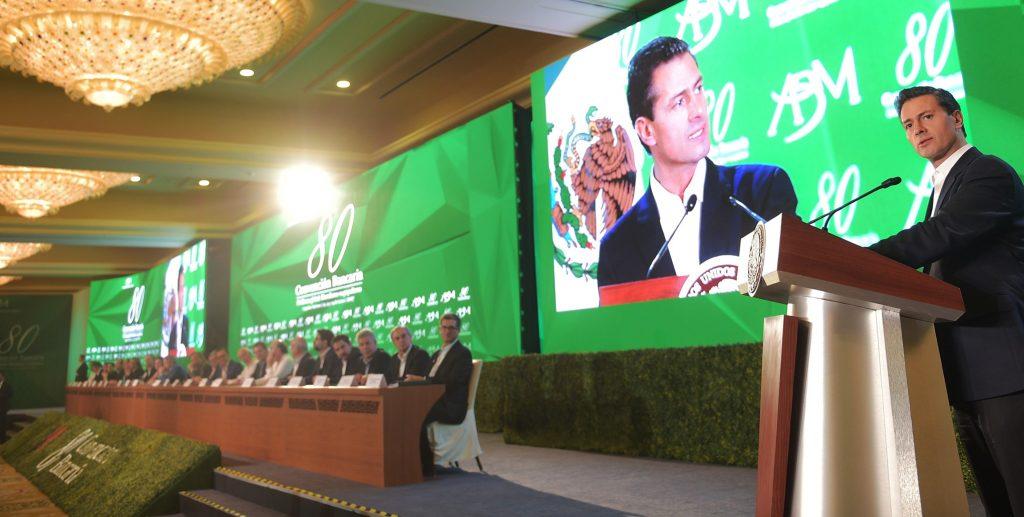 Peña Nieto defiende ideas liberales para el desarrollo de México
