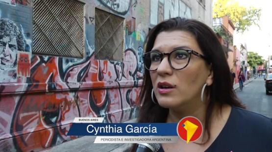 """Kirchneristas apoyan con """"investigaciones periodísticas"""" al candidato de Rafael Correa"""