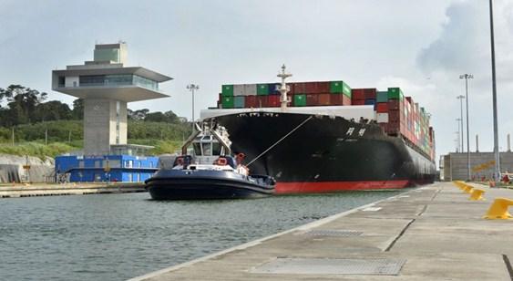 Canal de Panamá establece registros de tonelaje récords