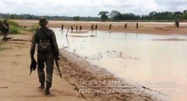 El triste papel que Maduro y Padrino le hacen cumplir a las Fuerzas Armadas