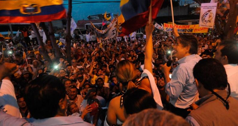Rechazo a reconteo de votos aumenta sospecha de fraude electoral en Ecuador
