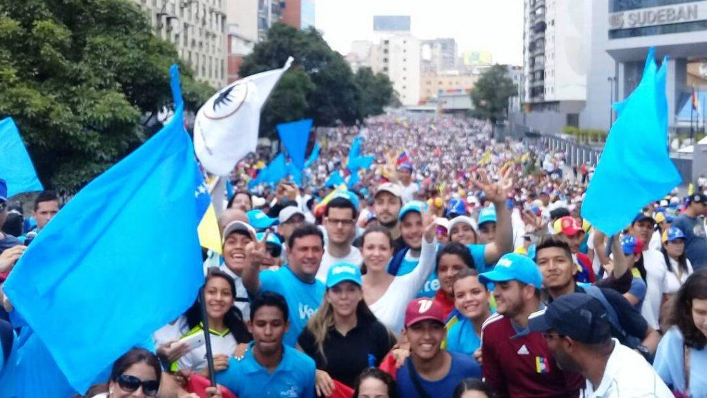 EEUU advierte que con la represión 'Maduro está violando su propia Constitución'