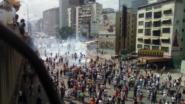 Denuncia: El chavismo infiltra a espías en partidos opositores para generar violencia