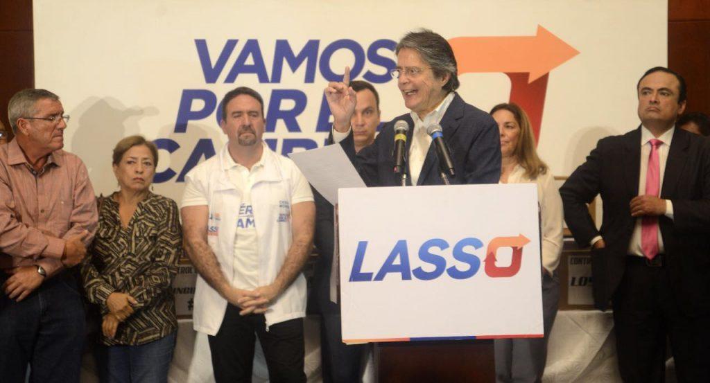 Ecuador: confirman que hay actas irregulares que le darían el triunfo al opositor Lasso