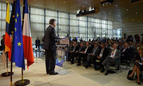 Colombia invita a empresas francesas a que incrementen su confianza en el país tras el logro de la paz