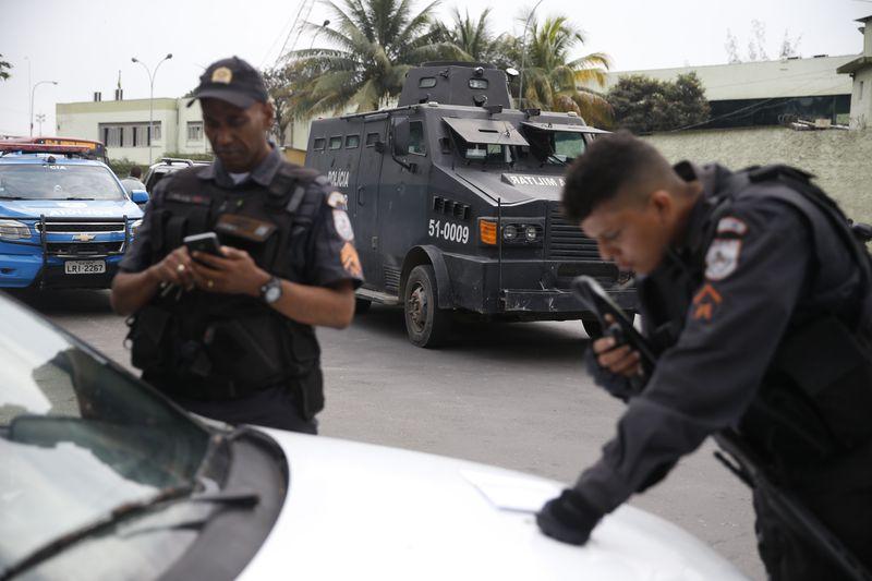 Más detenidos en Río de Janeiro en la lucha contra la delincuencia