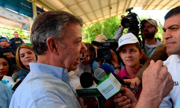 """Santos: """"a todo el continente le interesa que se restablezca la democracia venezolana"""""""