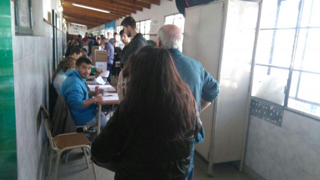 Dura derrota: Cristina Kirchner perdió ante Macri en las primarias de Argentina