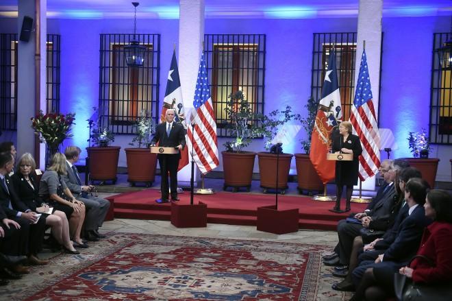 """Bachelet: """"la relación de Chile con Estados Unidos es estratégica, tanto a nivel político como económico"""""""