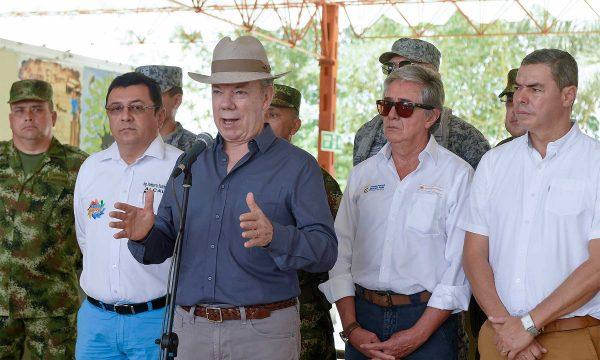 Santos valora primeros beneficios en zonas que sufrieron el conflicto