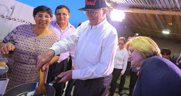 """Perú: """"vamos avanzando pueblo por pueblo"""" en la masificación del gas natural"""