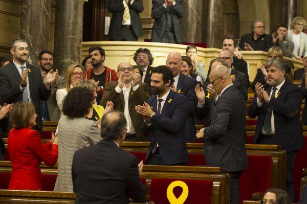 El separatista Roger Torrent es elegido presidente del Parlamento de Cataluña