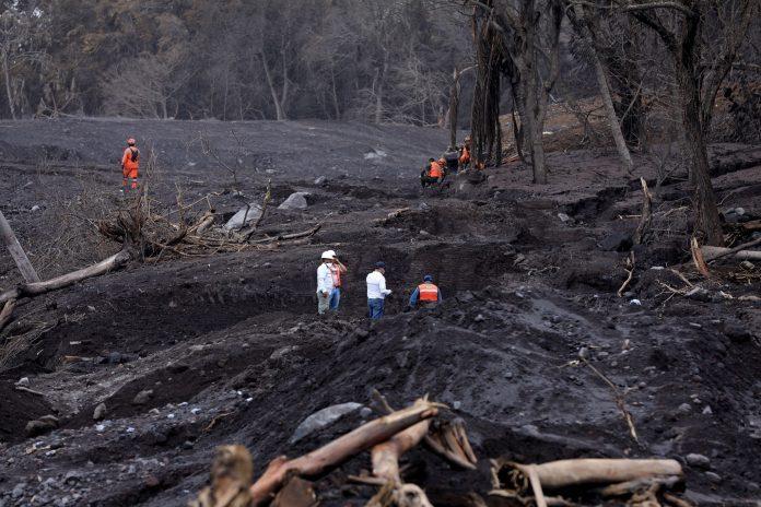 Volcán de Fuego de Guatemala registra siete explosiones por hora